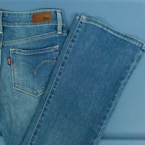 🔥💲Levi's blue jeans bootcut 24